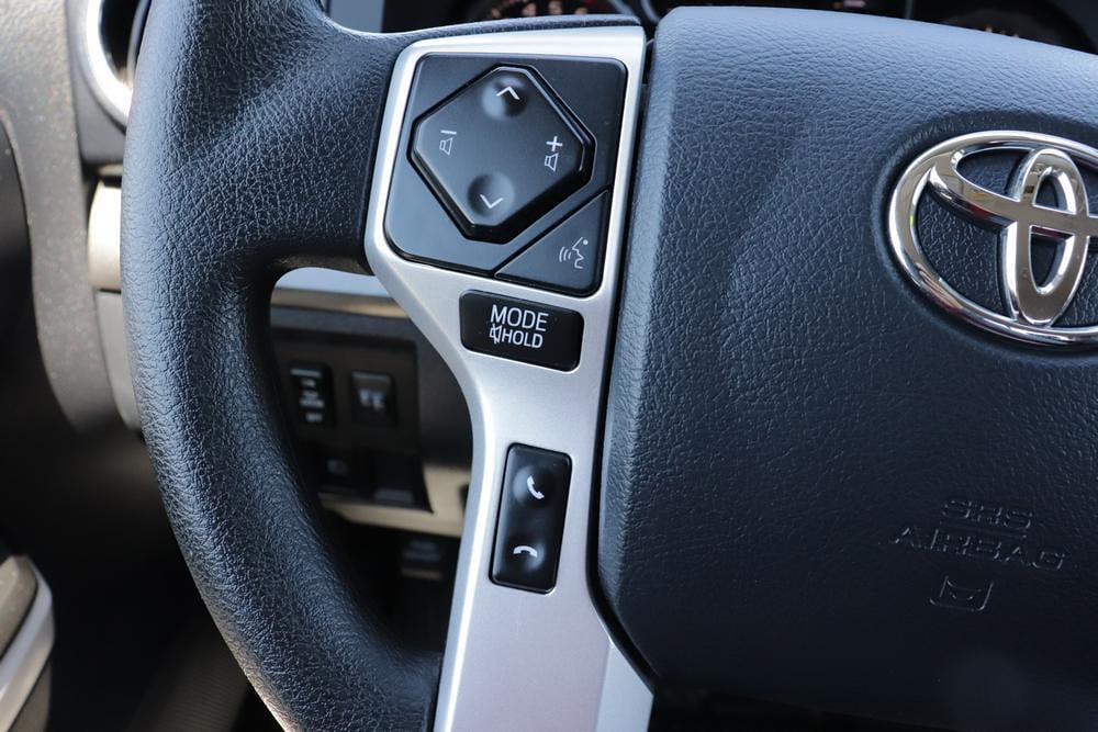 2020 Toyota Tundra 4x4, Pickup #621459A - photo 30