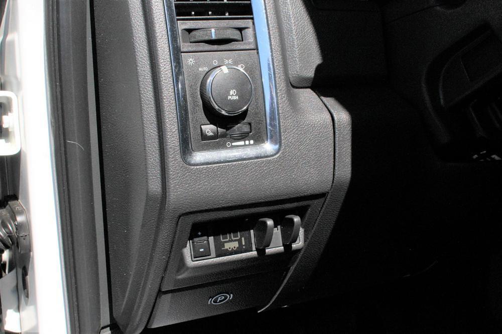 2012 Ram 3500 Crew Cab DRW 4x4, Pickup #621493A - photo 22