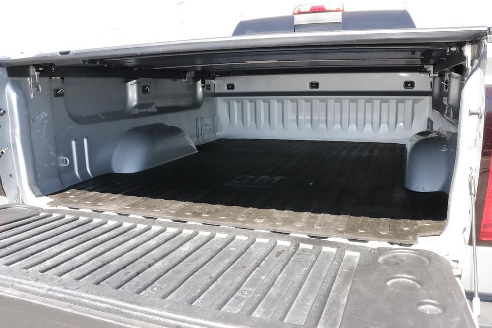 2016 Chevrolet Silverado 2500 Crew Cab 4x4, Pickup #621502A - photo 12