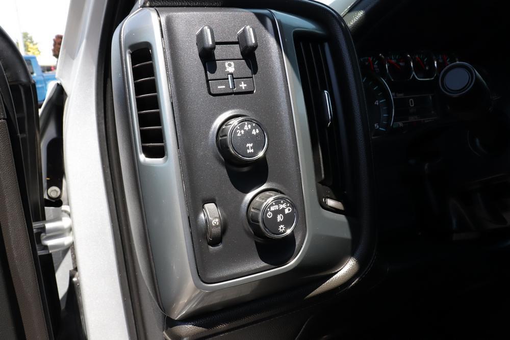 2016 Chevrolet Silverado 2500 Crew Cab 4x4, Pickup #621502A - photo 22