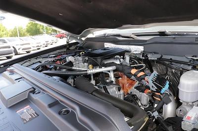 2016 Chevrolet Silverado 2500 Crew Cab 4x4, Pickup #621502A - photo 11