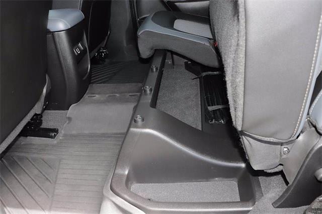 2019 Chevrolet Colorado Crew Cab 4x4, Pickup #621506A - photo 16