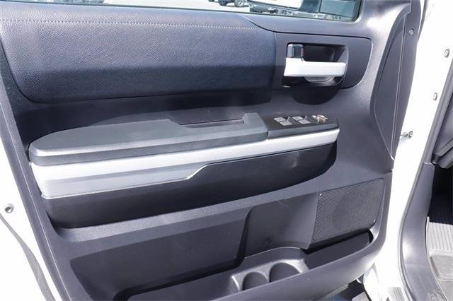 2021 Toyota Tundra 4x4, Pickup #621511A - photo 18