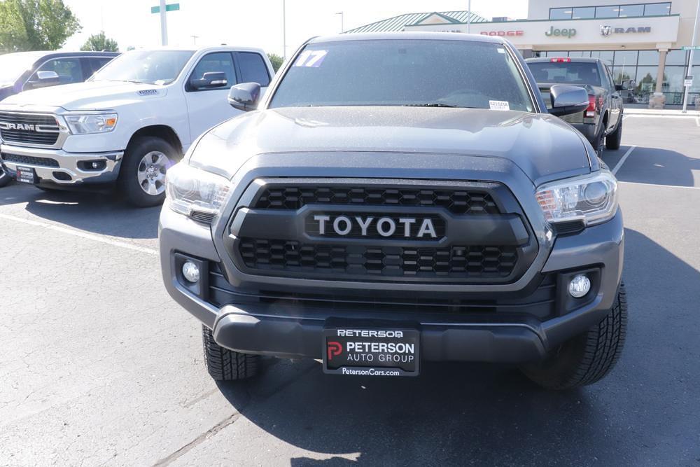 2017 Toyota Tacoma Double Cab 4x4, Pickup #621525A - photo 3