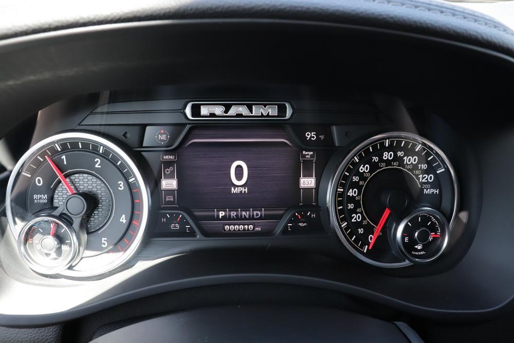 2021 Ram 3500 Crew Cab 4x4, Pickup #621558 - photo 35