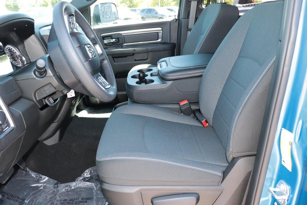 2021 Ram 1500 Classic Crew Cab 4x4, Pickup #621591 - photo 20