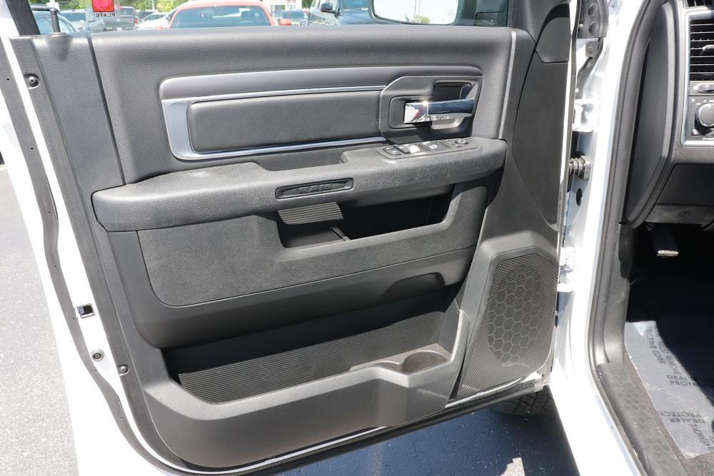 2021 Ram 1500 Classic Quad Cab 4x4, Pickup #621601 - photo 16