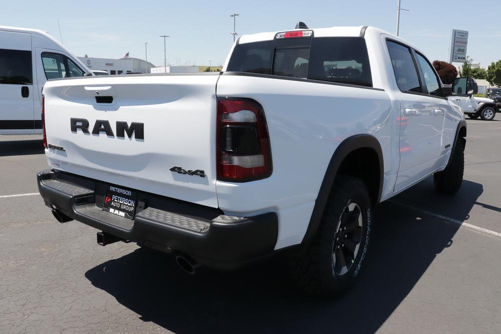 2021 Ram 1500 Crew Cab 4x4, Pickup #621620 - photo 2