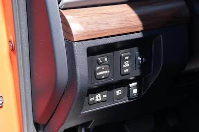 2018 Toyota Tundra Crew Cab 4x4, Pickup #621638A - photo 21