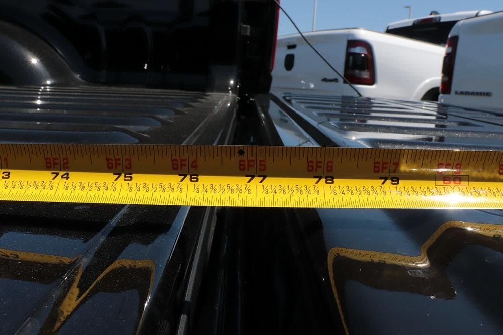 2021 Ram 1500 Crew Cab 4x4, Pickup #621683 - photo 12