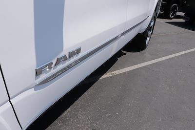2021 Ram 1500 Crew Cab 4x4, Pickup #621704 - photo 9