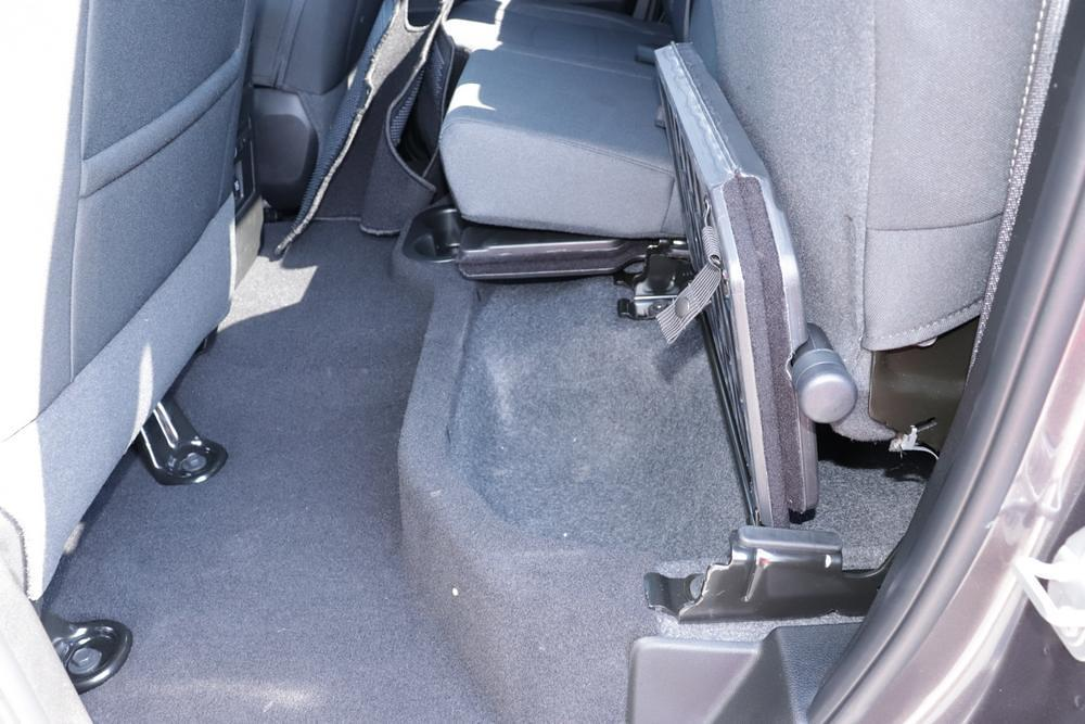 2021 Ram 1500 Classic Quad Cab 4x4, Pickup #621707 - photo 16