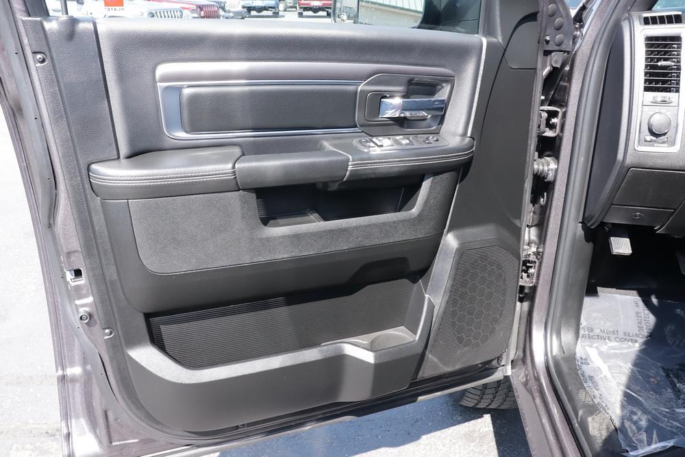 2021 Ram 1500 Classic Quad Cab 4x4, Pickup #621707 - photo 19