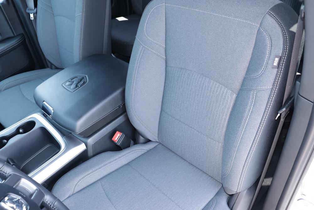2021 Ram 1500 Classic Quad Cab 4x4, Pickup #621708 - photo 22