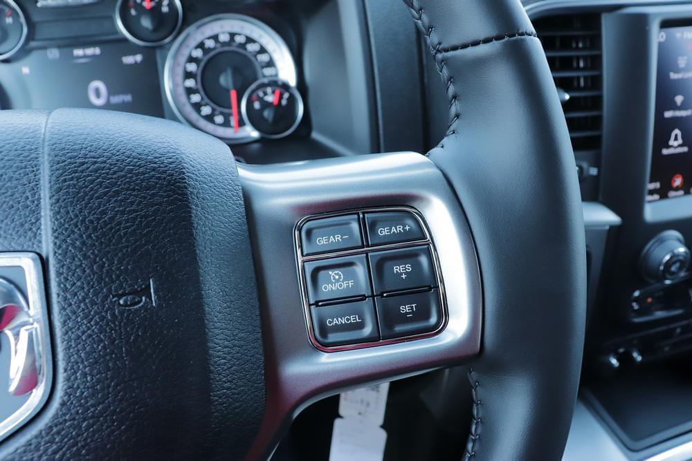 2021 Ram 1500 Classic Quad Cab 4x4, Pickup #621708 - photo 29