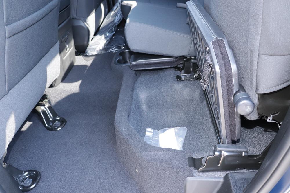 2021 Ram 1500 Classic Quad Cab 4x4, Pickup #621710 - photo 15