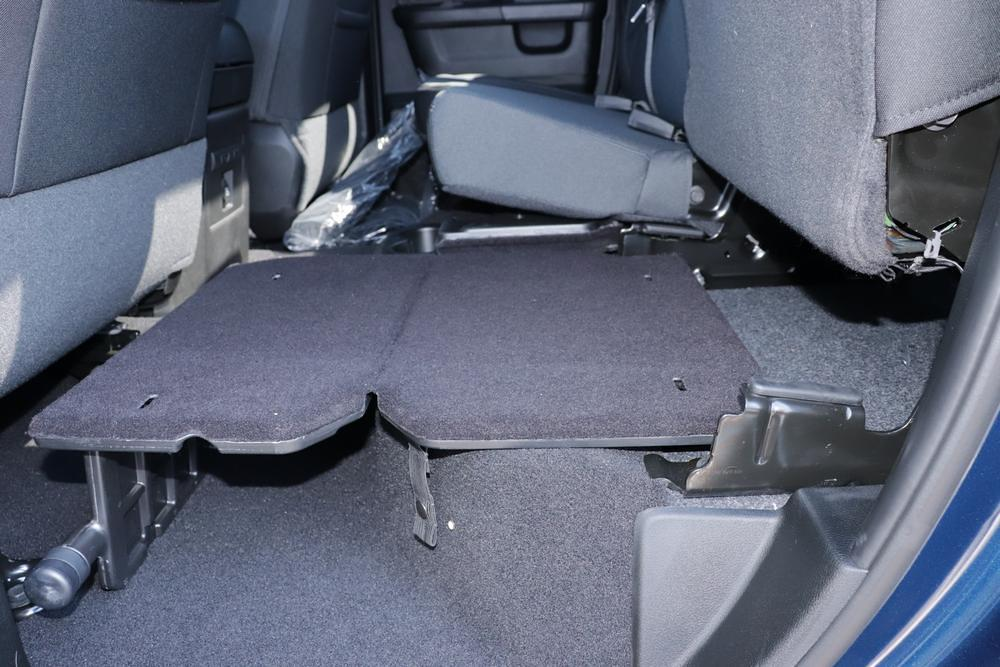 2021 Ram 1500 Classic Quad Cab 4x4, Pickup #621710 - photo 16