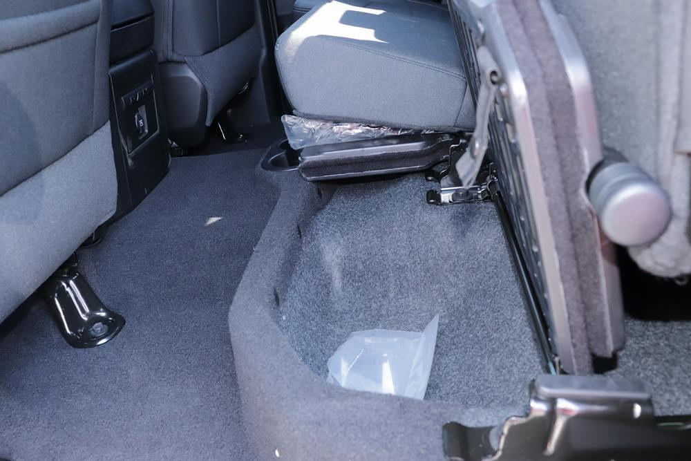 2021 Ram 1500 Classic Quad Cab 4x4, Pickup #621711 - photo 17
