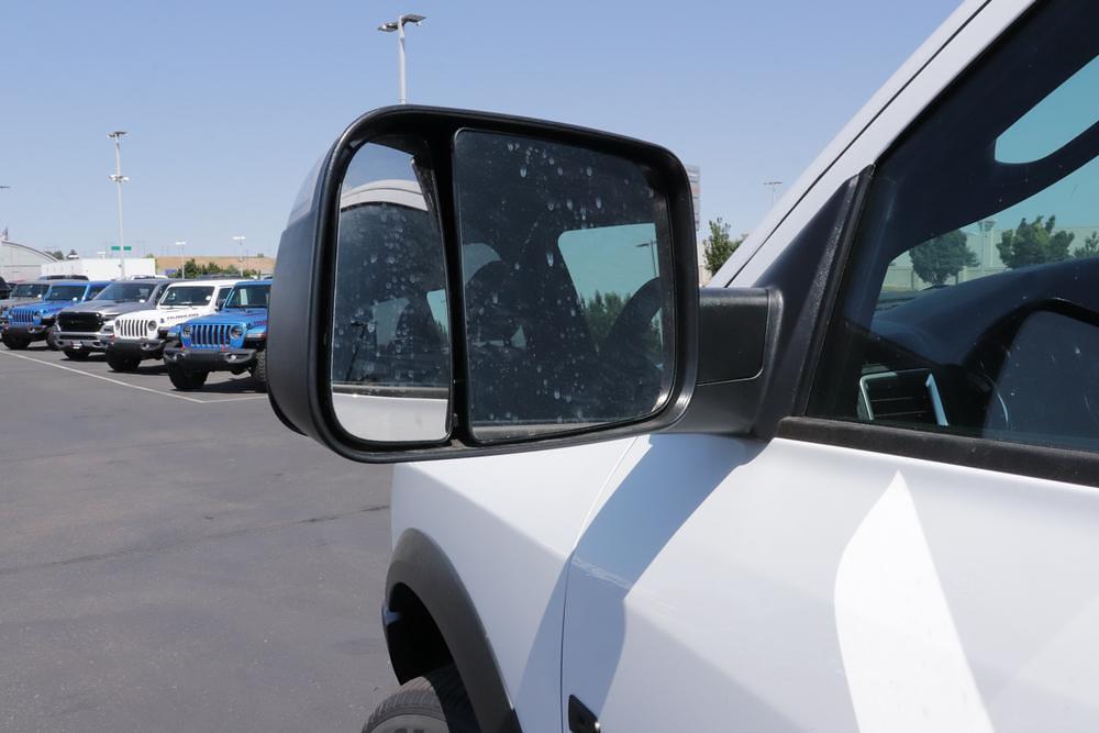 2021 Ram 1500 Classic Quad Cab 4x4, Pickup #621712 - photo 13