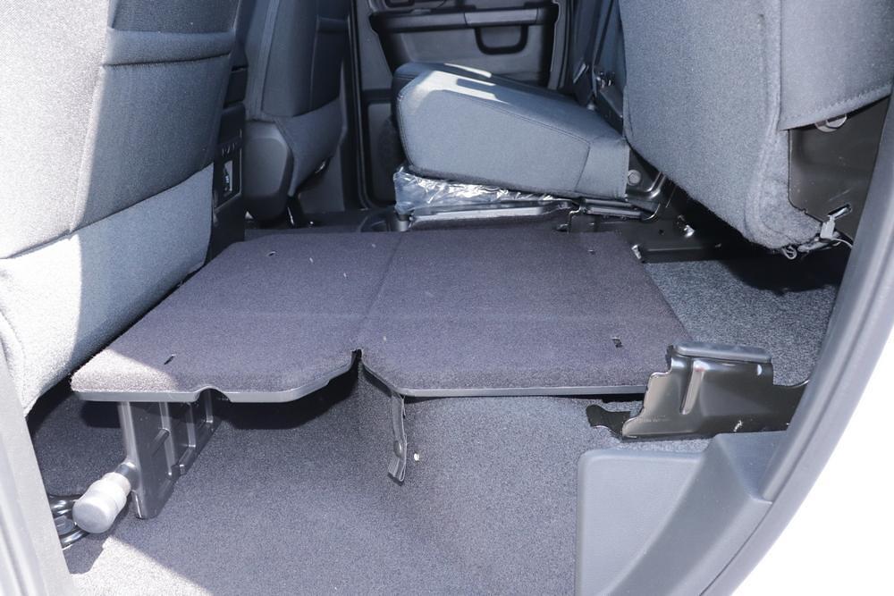 2021 Ram 1500 Classic Quad Cab 4x4, Pickup #621712 - photo 18