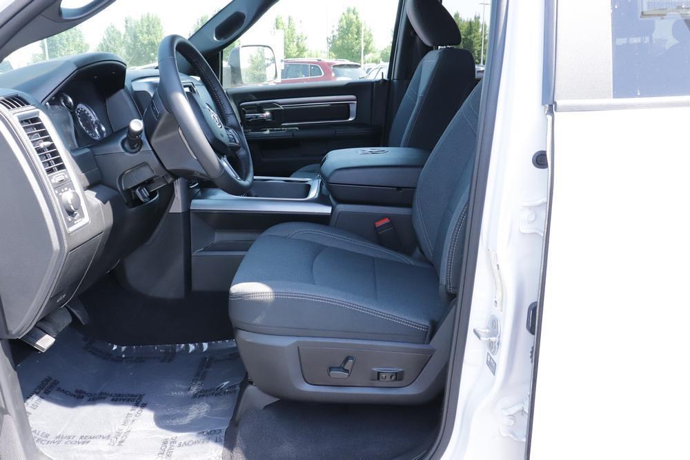 2021 Ram 1500 Classic Quad Cab 4x4, Pickup #621712 - photo 22