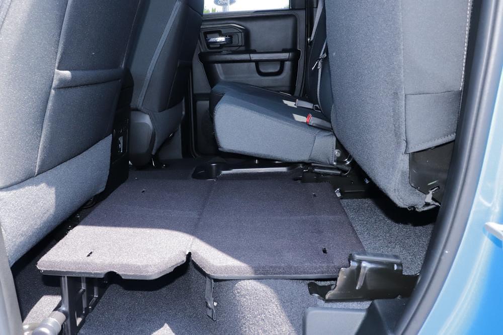 2021 Ram 1500 Classic Quad Cab 4x4, Pickup #621713 - photo 17