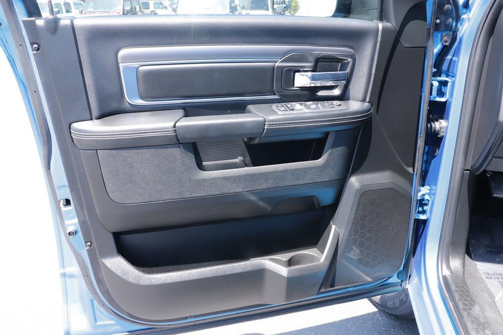 2021 Ram 1500 Classic Quad Cab 4x4, Pickup #621713 - photo 19