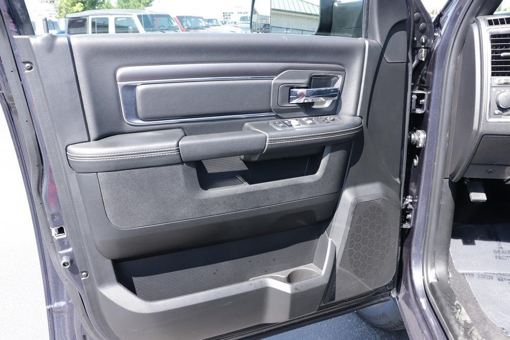 2021 Ram 1500 Classic Quad Cab 4x4, Pickup #621716 - photo 20