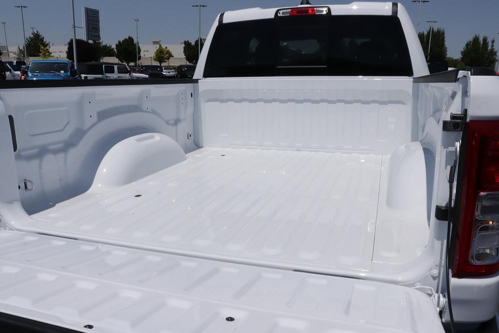 2021 Ram 1500 Quad Cab 4x4, Pickup #621717 - photo 11