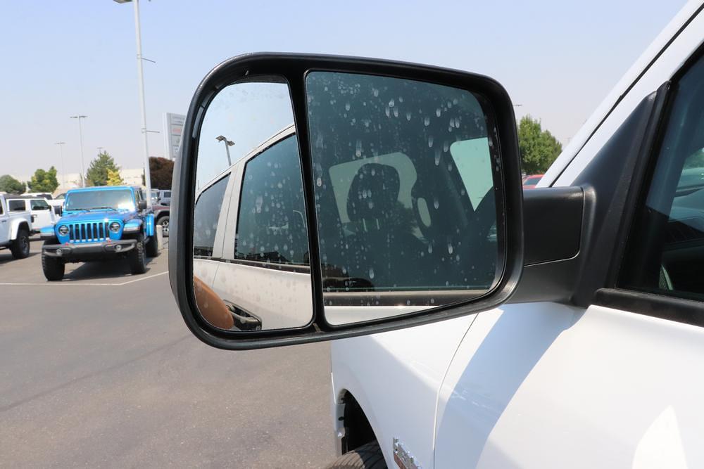 2021 Ram 1500 Classic Quad Cab 4x4, Pickup #621719 - photo 10