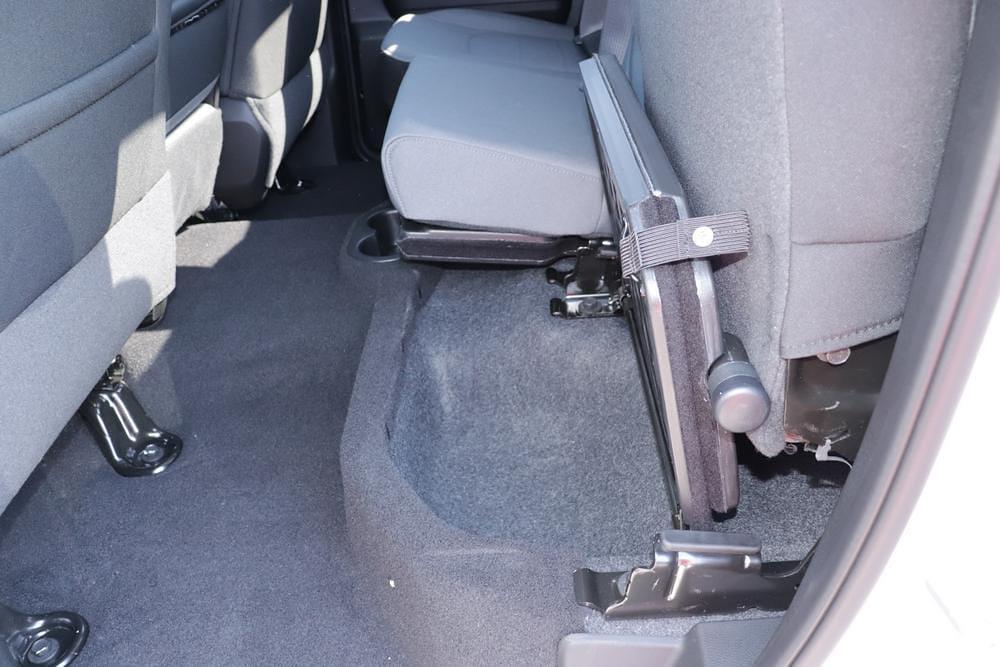 2021 Ram 1500 Classic Quad Cab 4x4, Pickup #621728 - photo 18