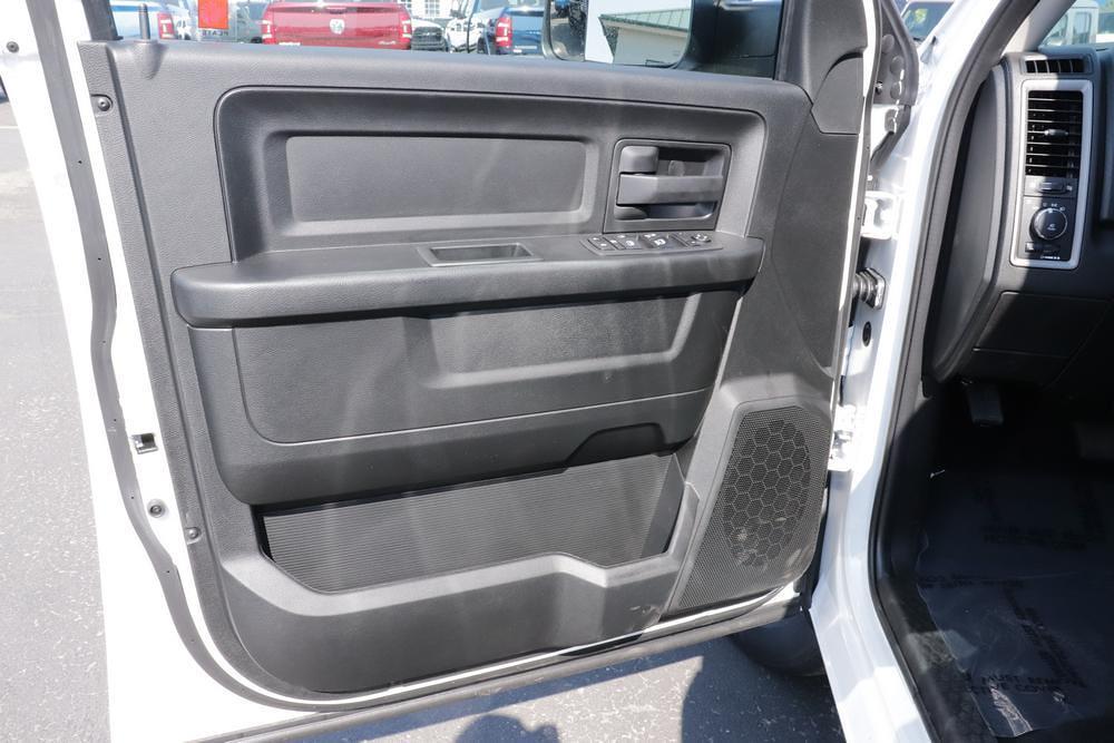 2021 Ram 1500 Classic Quad Cab 4x4, Pickup #621728 - photo 21