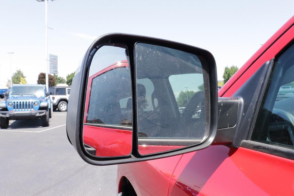 2021 Ram 1500 Classic Crew Cab 4x4, Pickup #621731 - photo 10