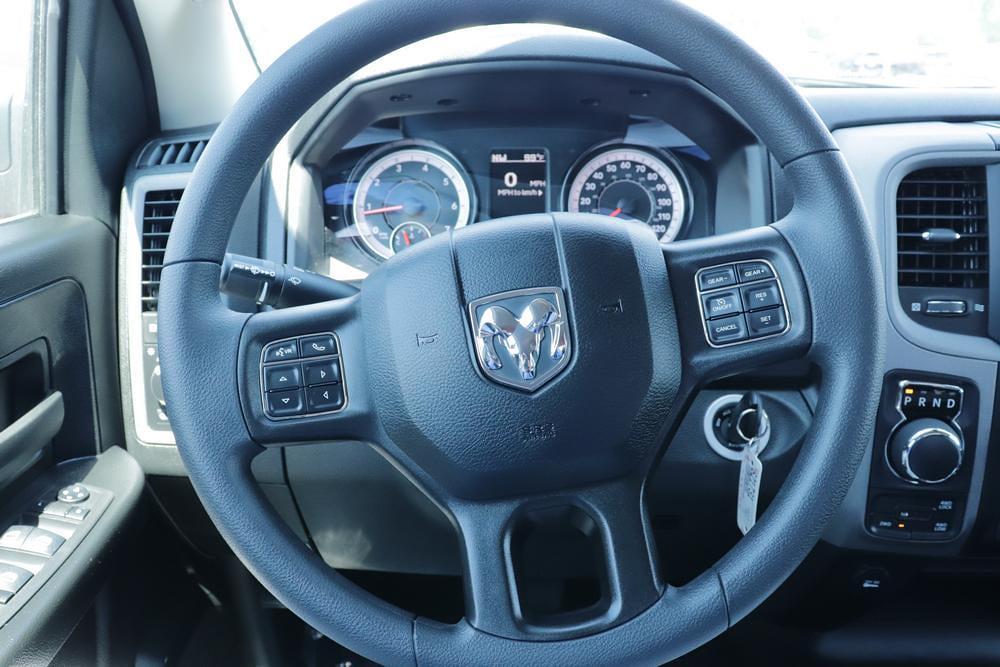 2021 Ram 1500 Classic Crew Cab 4x4, Pickup #621731 - photo 26