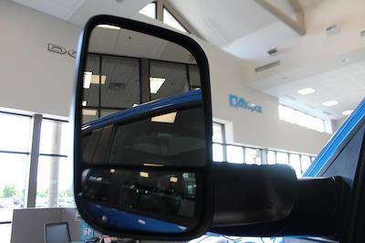 2021 Ram 1500 Crew Cab 4x4, Pickup #621734 - photo 12