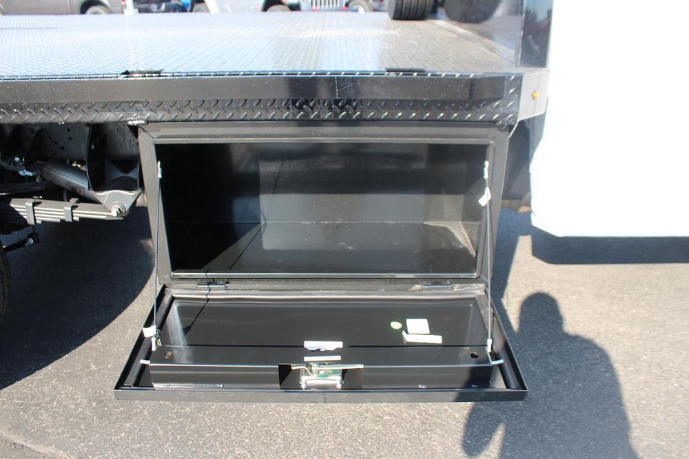 2021 Ram 5500 Regular Cab DRW 4x4, Knapheide PGNB Gooseneck Platform Body #621741 - photo 9