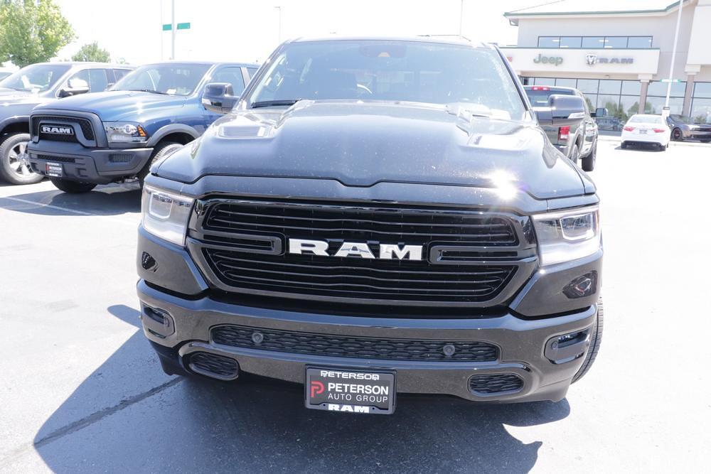 2021 Ram 1500 Crew Cab 4x4, Pickup #621742 - photo 3