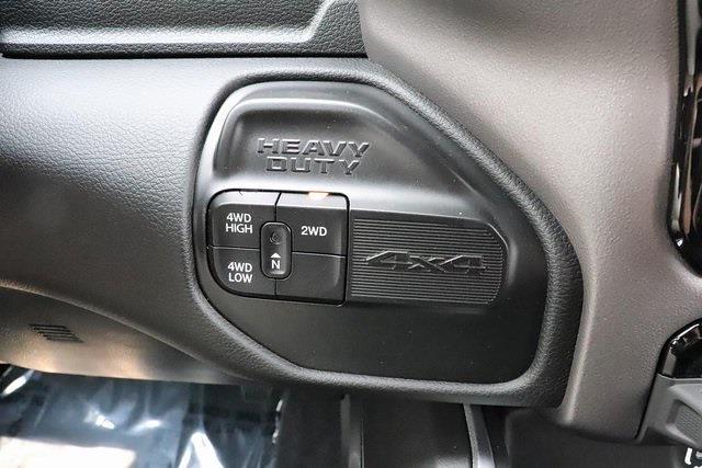2021 Ram 3500 Crew Cab 4x4, Pickup #621760 - photo 26