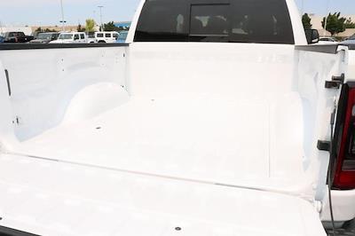 2021 Ram 1500 Crew Cab 4x4, Pickup #621778 - photo 15