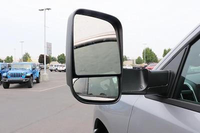 2021 Ram 1500 Crew Cab 4x4, Pickup #621781 - photo 11