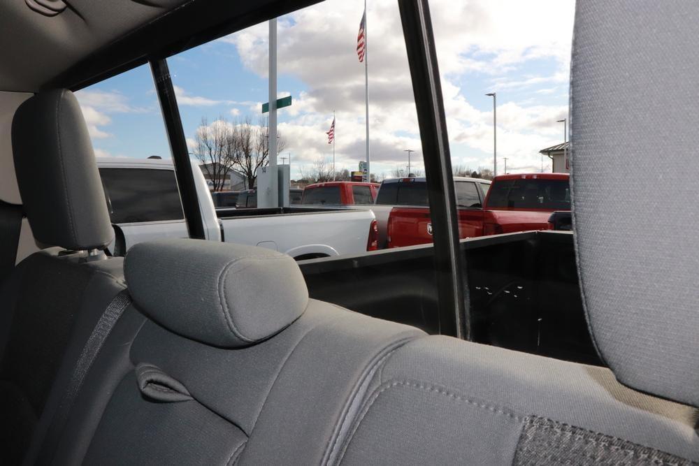 2014 Ram 1500 Crew Cab 4x4, Pickup #690004K - photo 17