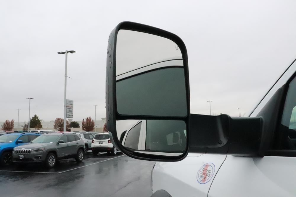 2019 Ram 5500 Crew Cab DRW 4x4, Knapheide PGND Gooseneck Platform Body #690010 - photo 13