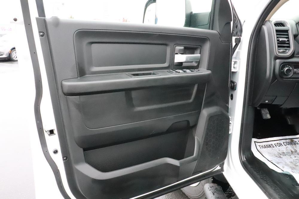 2019 Ram 5500 Crew Cab DRW 4x4, Knapheide PGND Gooseneck Platform Body #690010 - photo 20