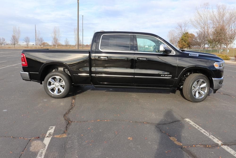 2019 Ram 1500 Crew Cab 4x4,  Pickup #69137 - photo 8