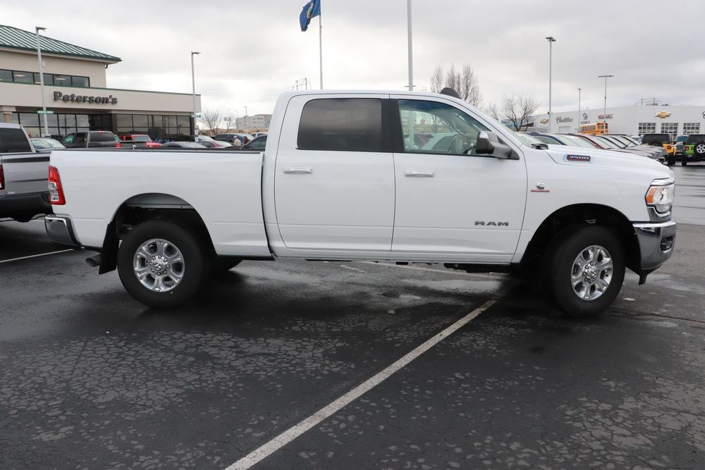 2019 Ram 3500 Crew Cab 4x4, Pickup #69485 - photo 8