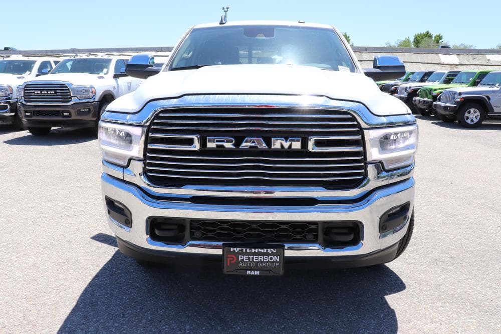 2019 Ram 3500 Crew Cab 4x4, Pickup #69487 - photo 3