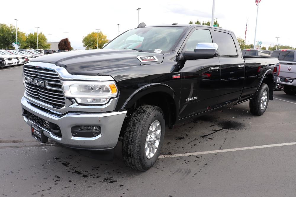 2019 Ram 3500 Crew Cab 4x4, Pickup #69490 - photo 4