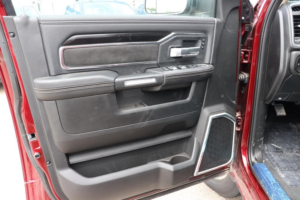 2019 Ram 3500 Crew Cab DRW 4x4, Pickup #69500 - photo 27