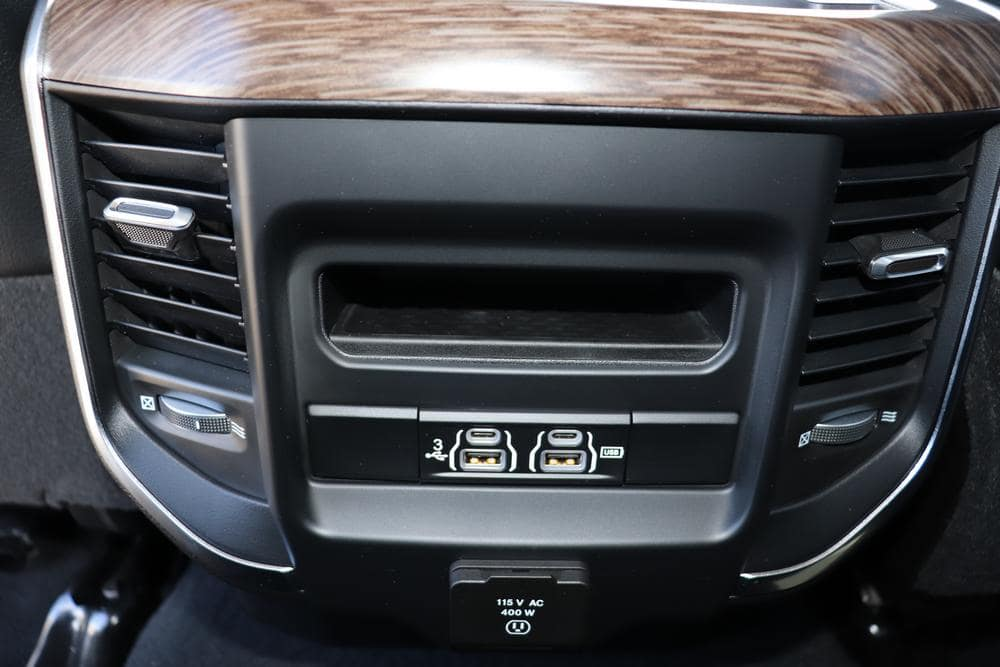 2019 Ram 3500 Crew Cab 4x4, Pickup #69510 - photo 26