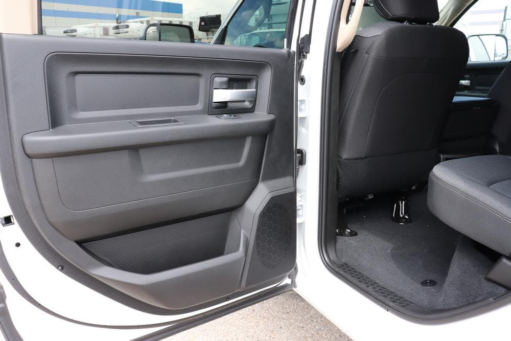 2019 Ram 3500 Crew Cab 4x4, Pickup #69516 - photo 17
